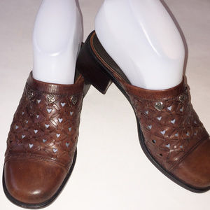 BRIGHTON Brown Heart Embossed Leather Mule Size 6M